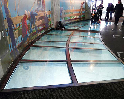 cn-tower-glass-floor